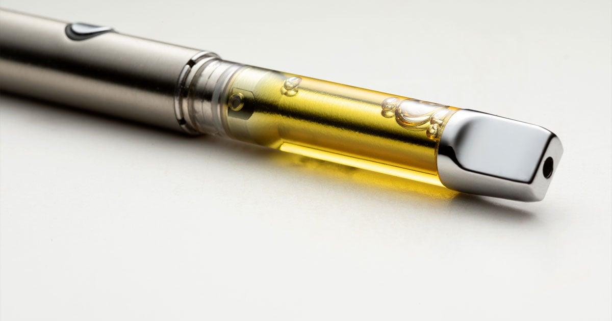 Silver vape pen